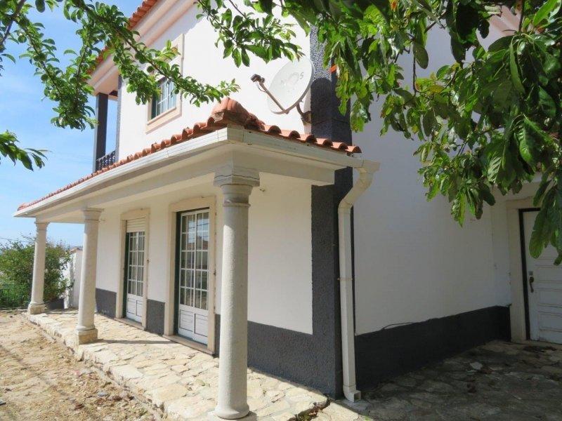 3 Bedroom Villa Nadadouro, Silver Coast Ref: AV1981