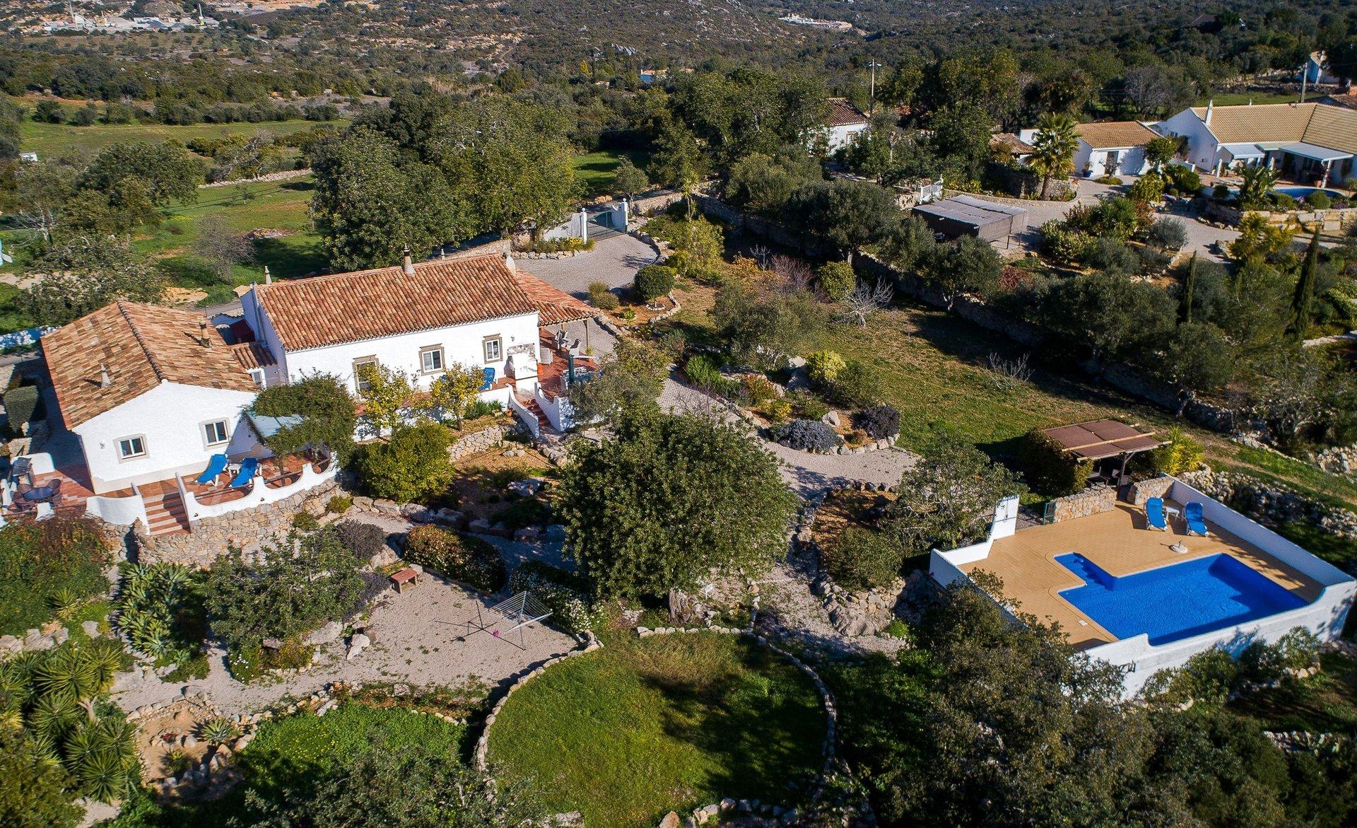 4 Bedroom Villa Sao Bras de Alportel, Central Algarve Ref: JV10407