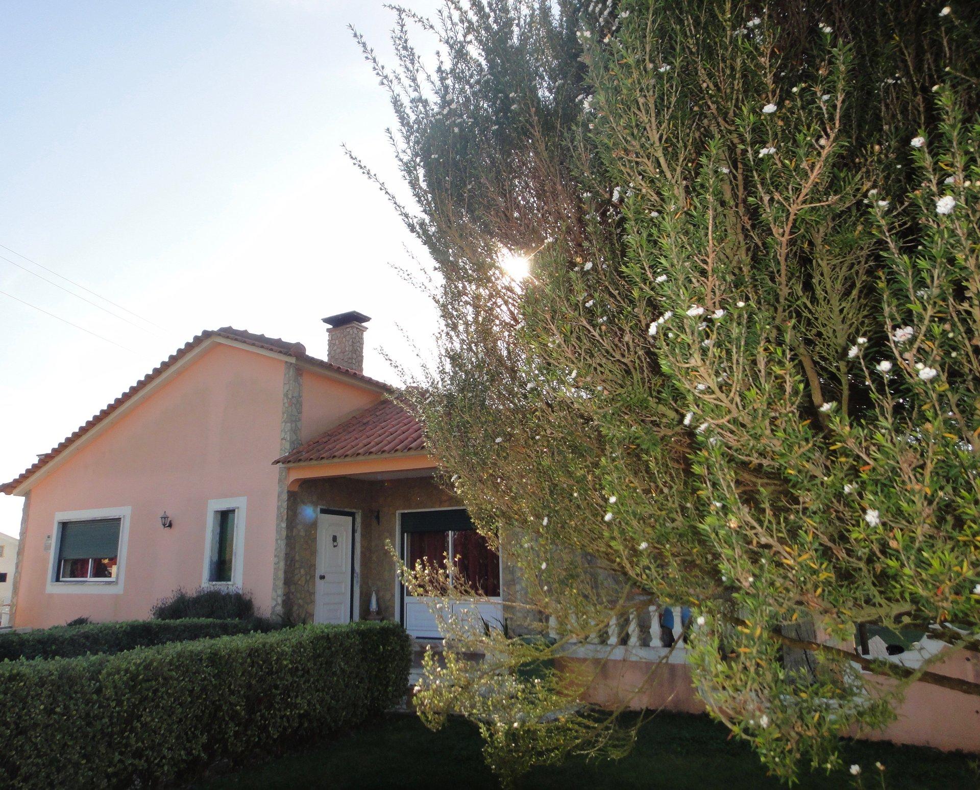 3 Bedroom Villa Reguengo Grande, Silver Coast Ref: AV2052
