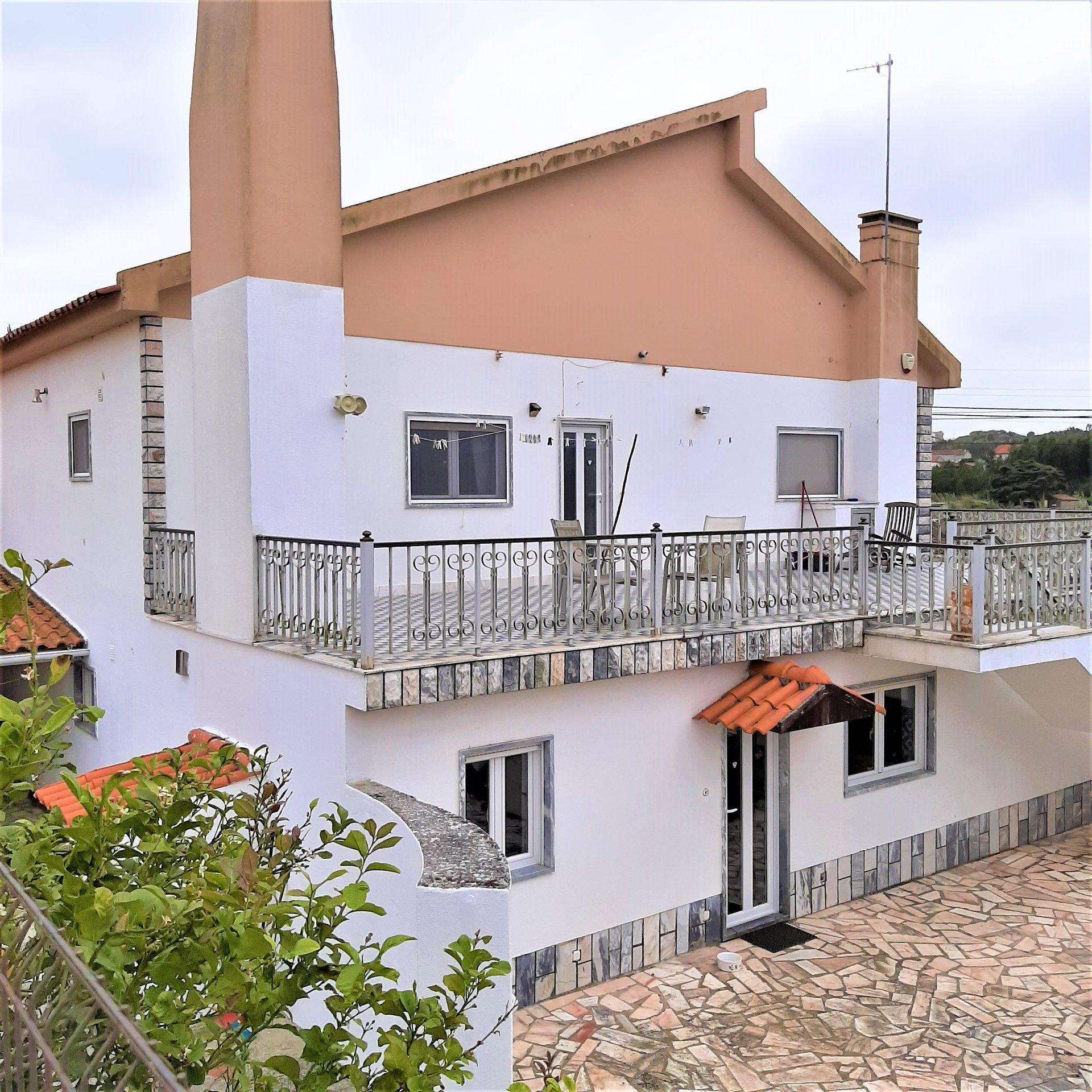 4 Bedroom House Serra Do Bouro, Silver Coast Ref: AV2054