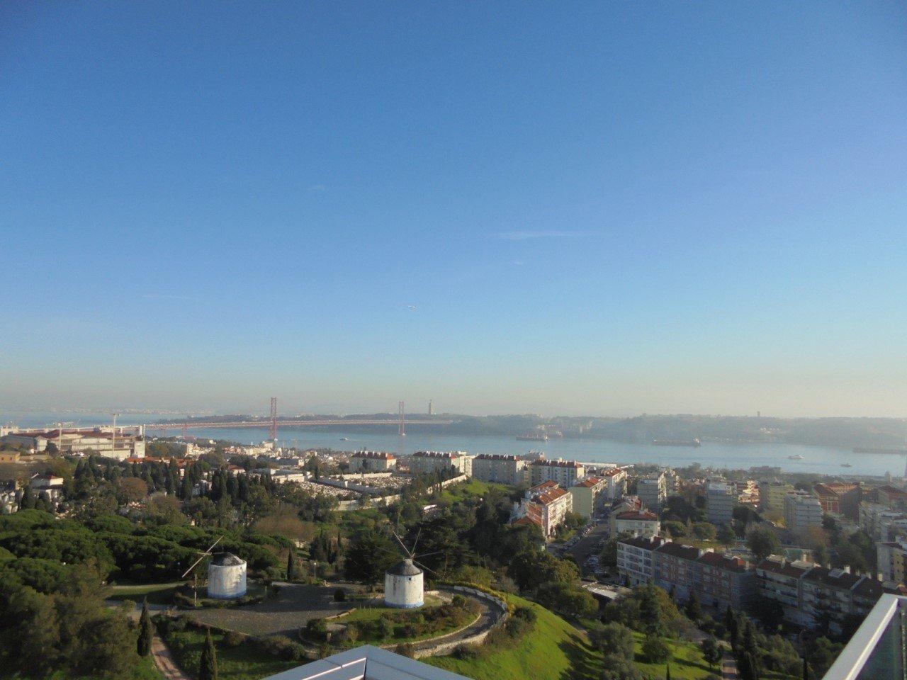 4 Bedroom Apartment Lisbon, Lisbon Ref: AMA12332B