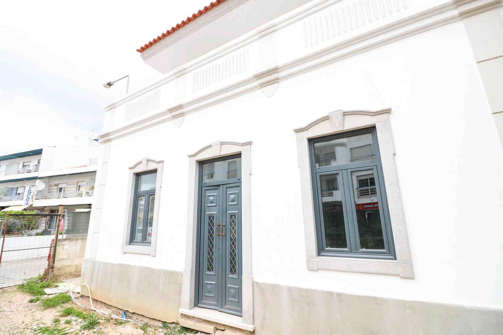 3 Bedroom Villa Sao Bras de Alportel, Central Algarve Ref: PV3545