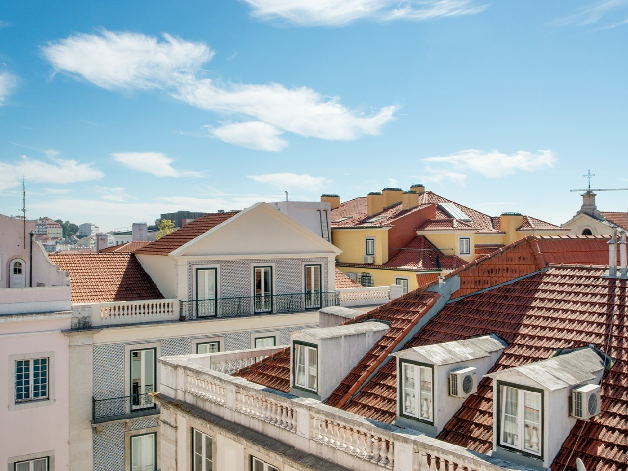 4 Bedroom Apartment Lisbon, Lisbon Ref: AMA12710
