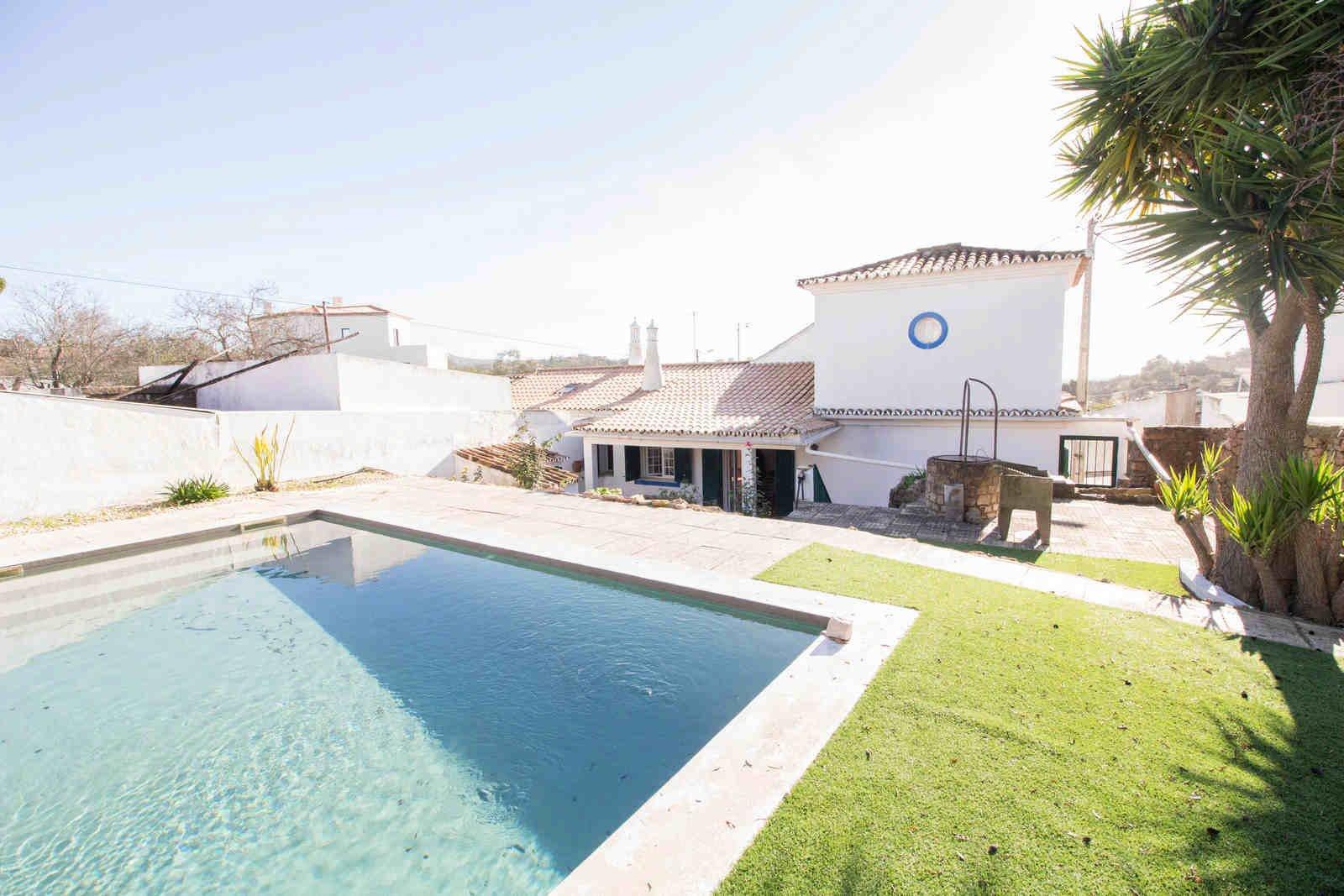 3 Bedroom Villa Boliqueime, Central Algarve Ref: PV3537