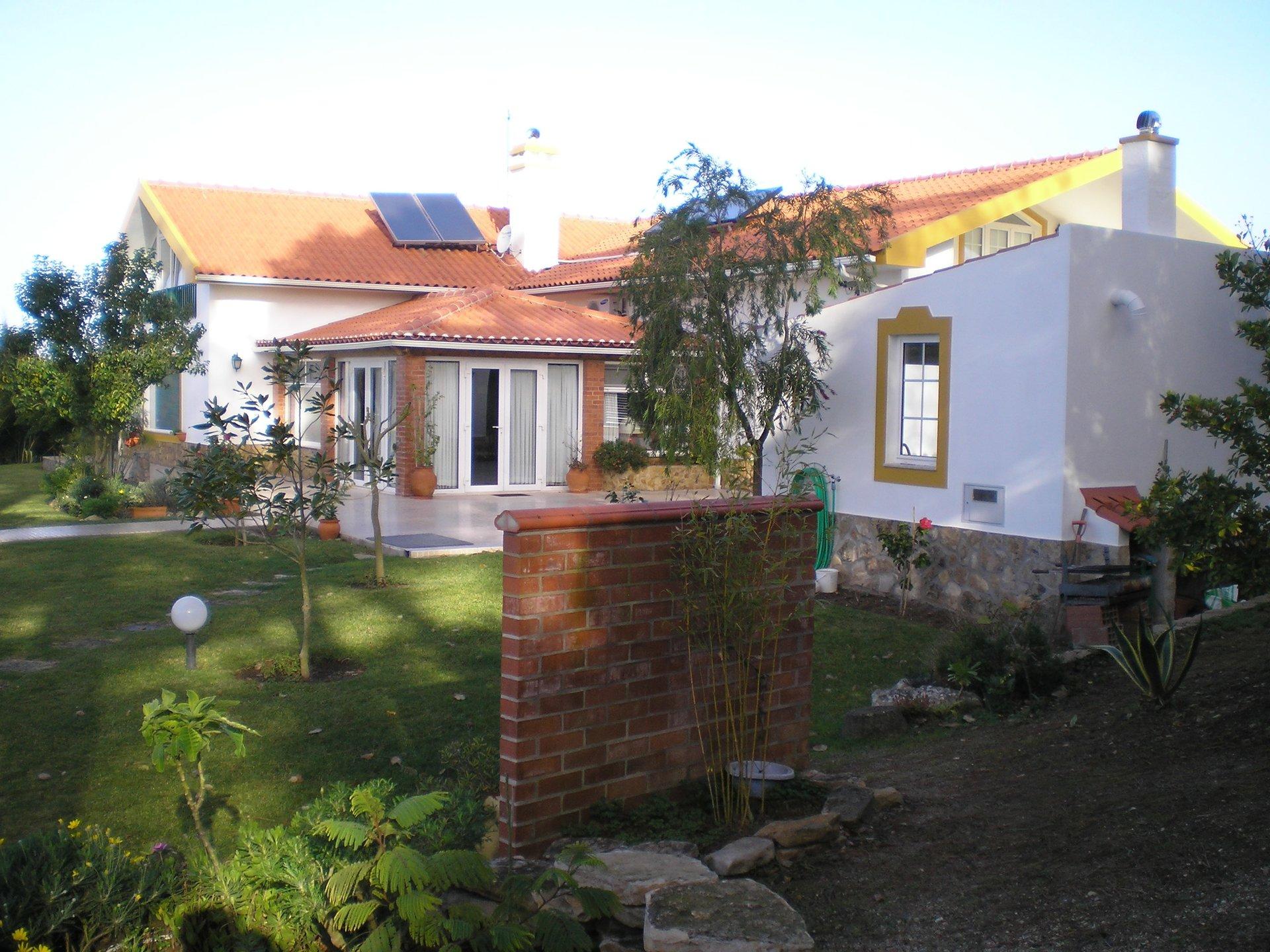 5 Bedroom Villa Gaeiras, Silver Coast Ref: AV2056