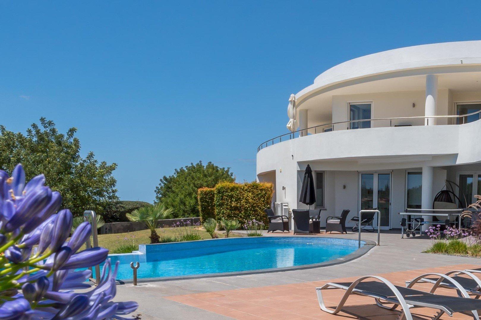 4 Bedroom Villa Almancil, Central Algarve Ref: MV24102