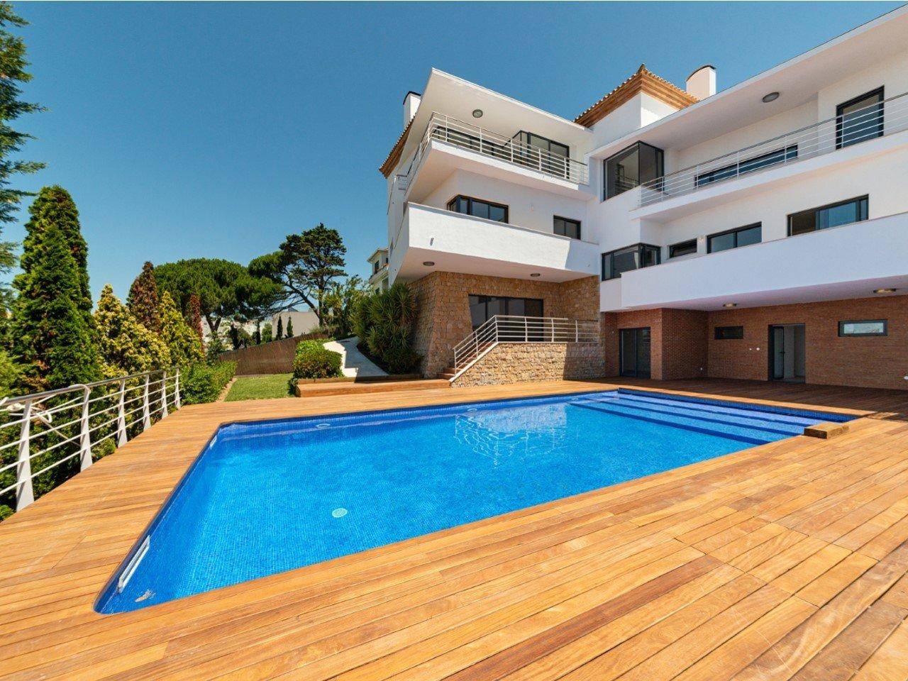 4 Bedroom Villa Lisbon, Lisbon Ref: AMV14128