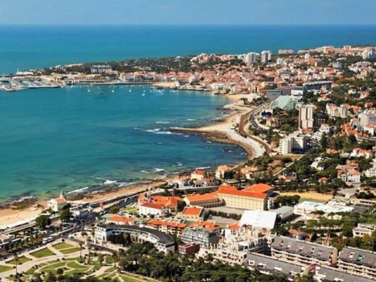 3 Bedroom Apartment Cascais, Lisbon Ref: AMA14144
