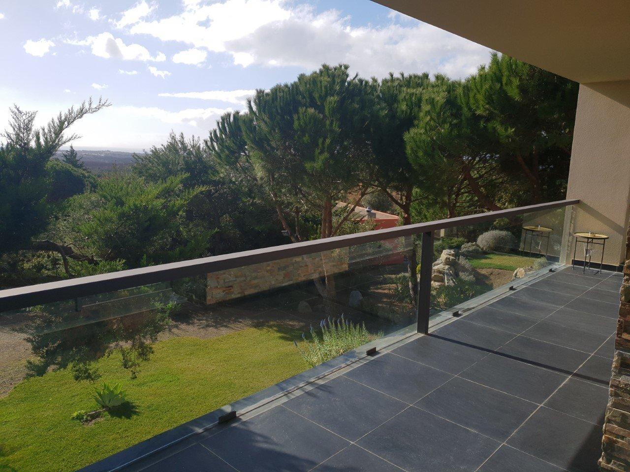 3 Bedroom Villa Cascais, Lisbon Ref: AMV14073