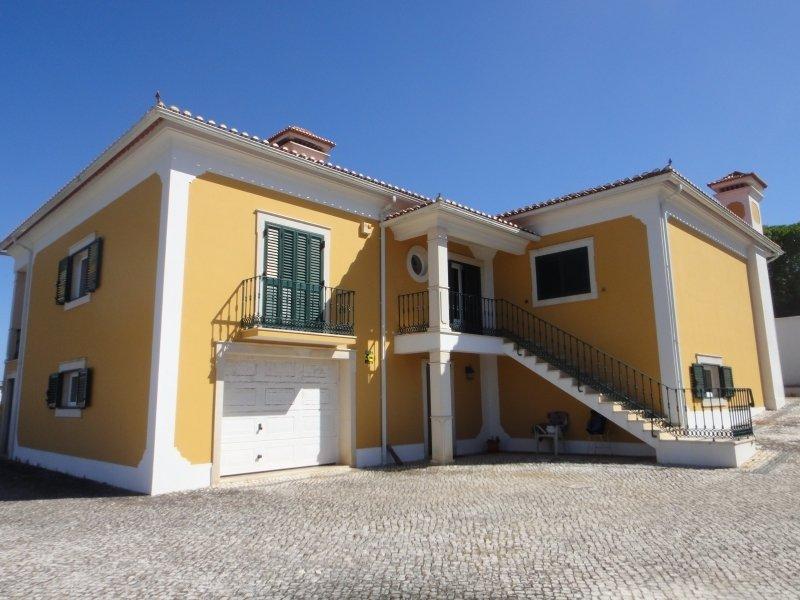 4 Bedroom Villa Serra Do Bouro, Silver Coast Ref: AV2066