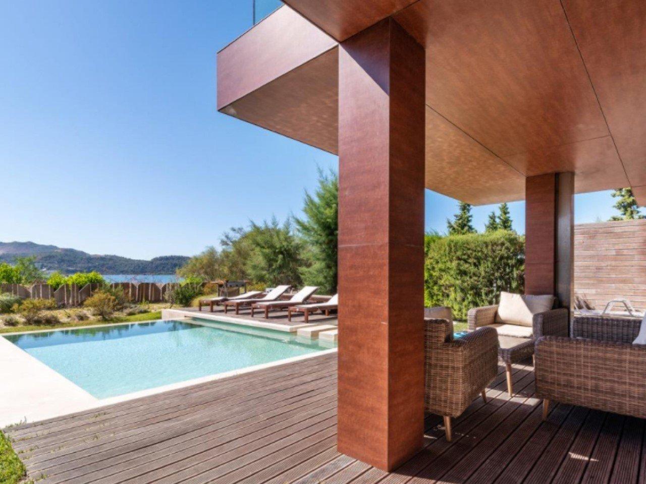 2 Bedroom Apartment Setubal, Lisbon Ref: AMA14000