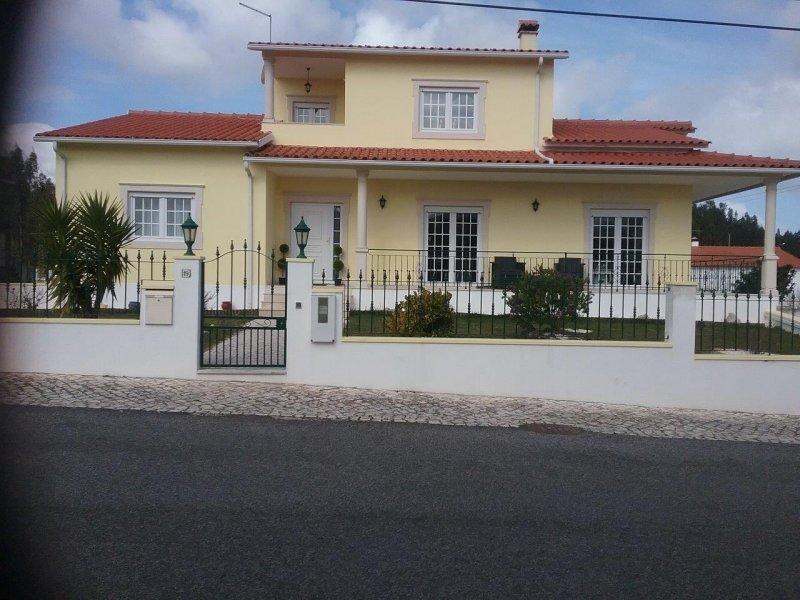 6 Bedroom Villa Caldas da Rainha, Silver Coast Ref: AV2030