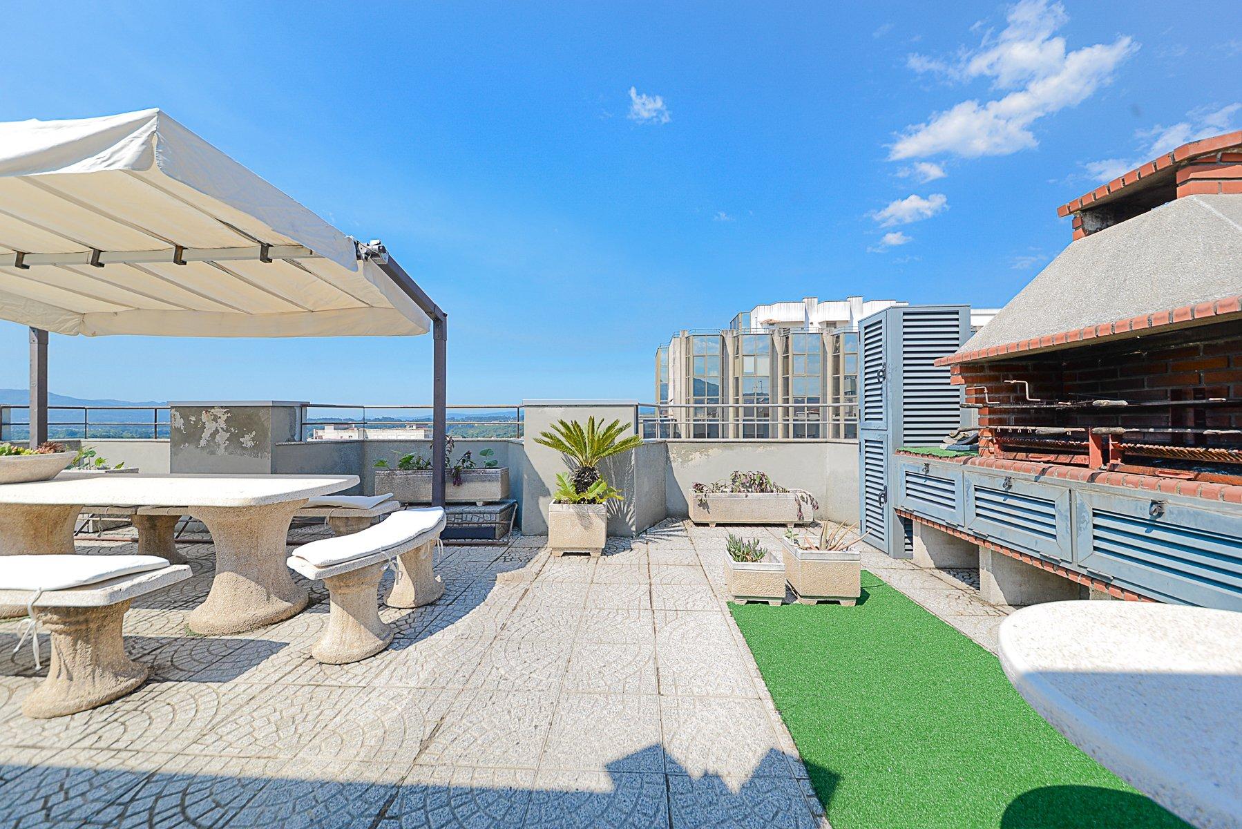 5 Bedroom Apartment Valenca, Porto Ref: AAP73