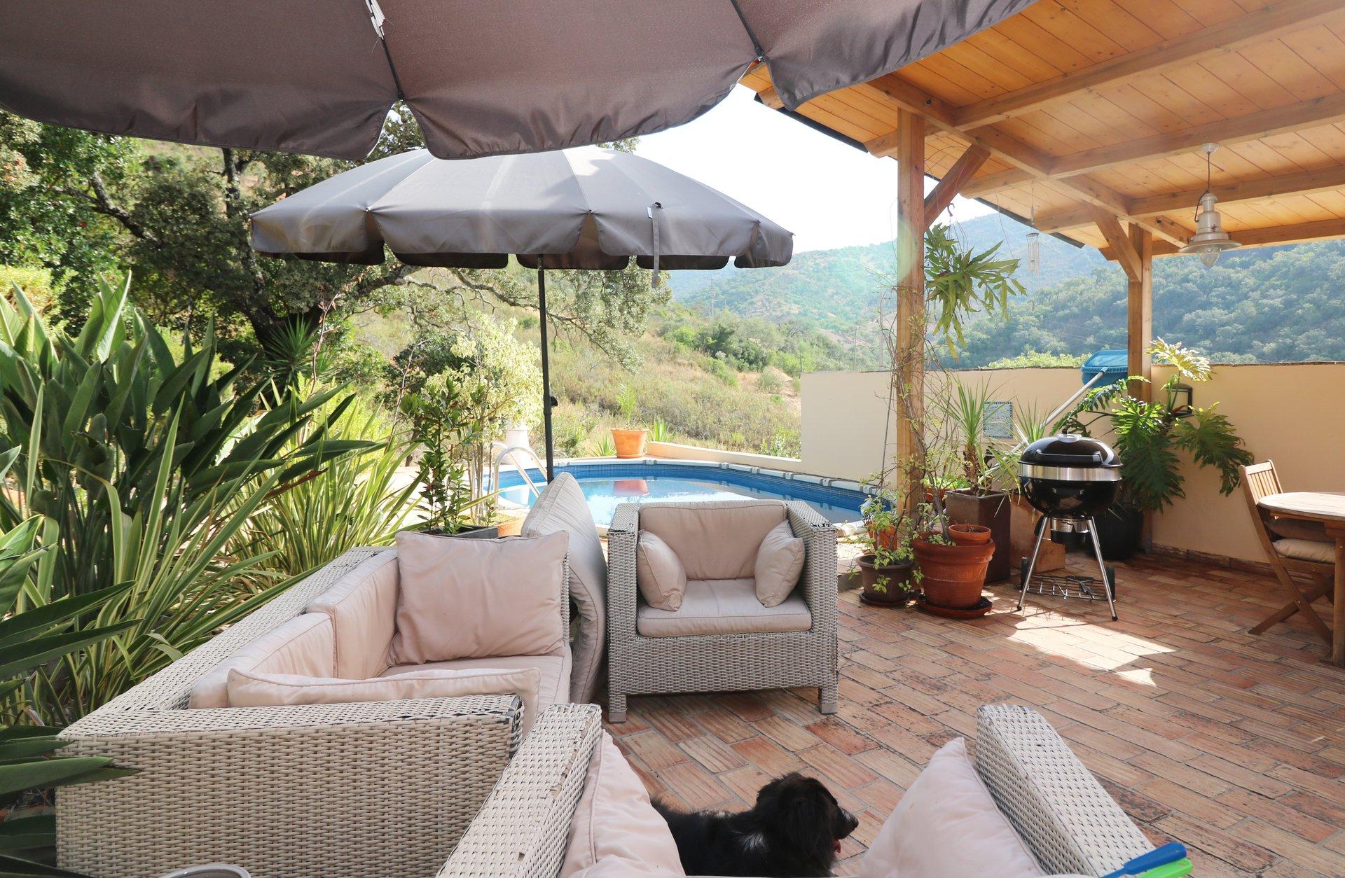3 Bedroom Villa Salir, Central Algarve Ref: JV10458