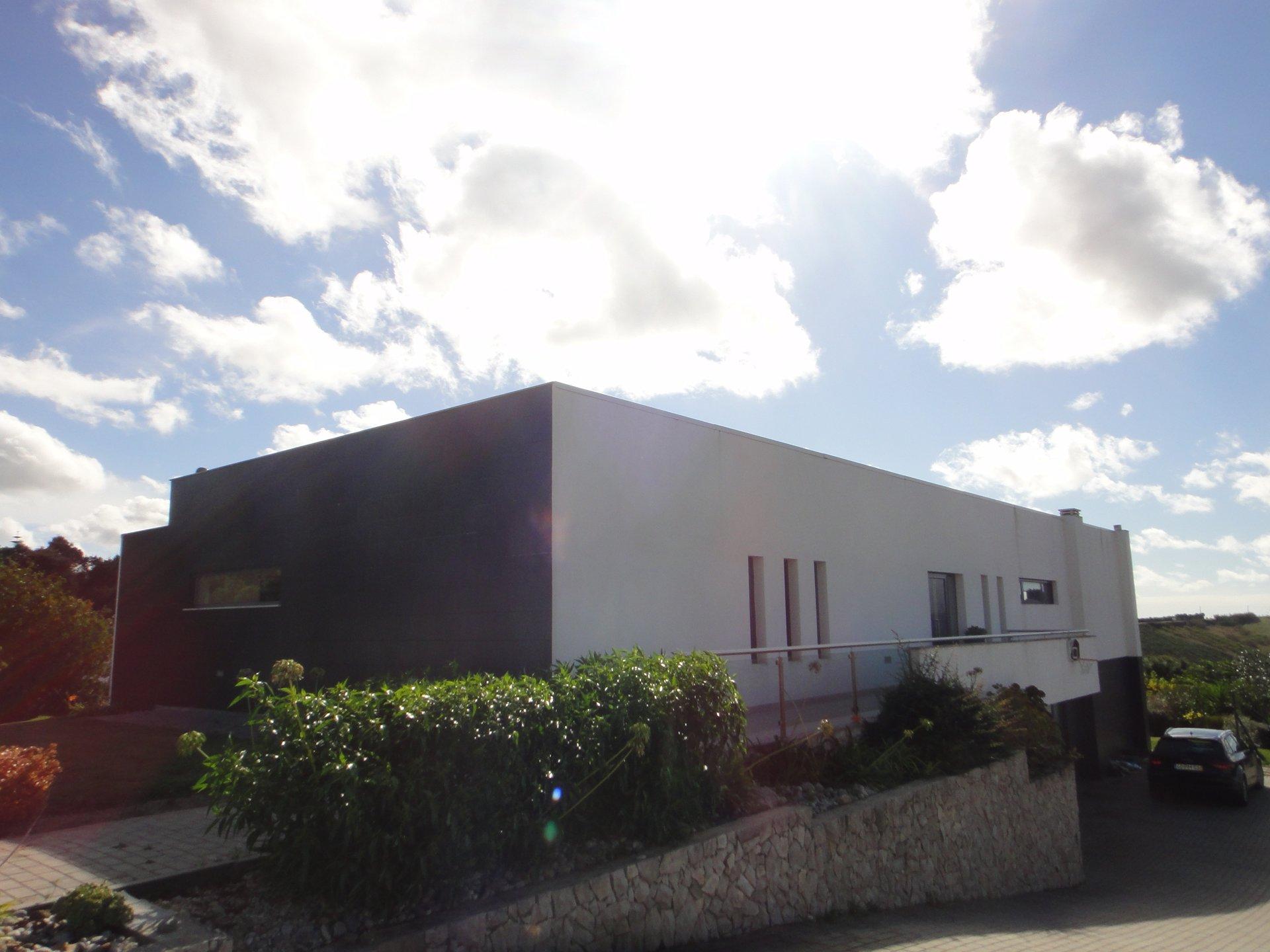 3 Bedroom Villa Caldas da Rainha, Silver Coast Ref: AV2089