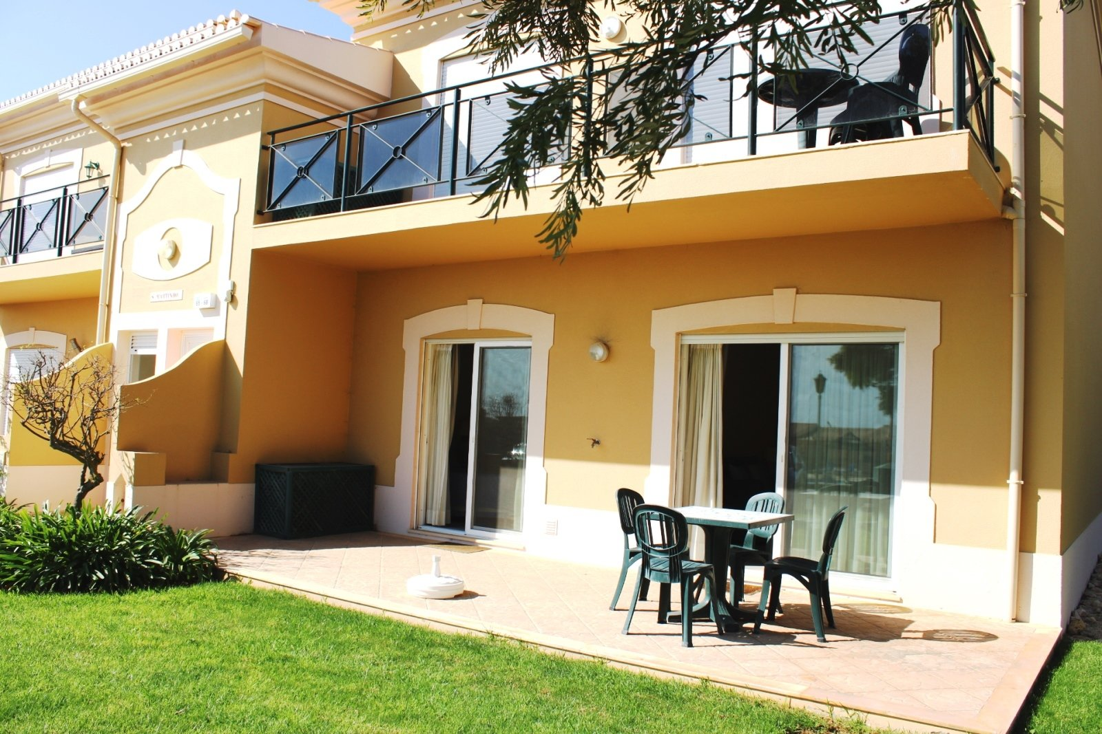 2 Bedroom Apartment Lagos, Western Algarve Ref: GA397