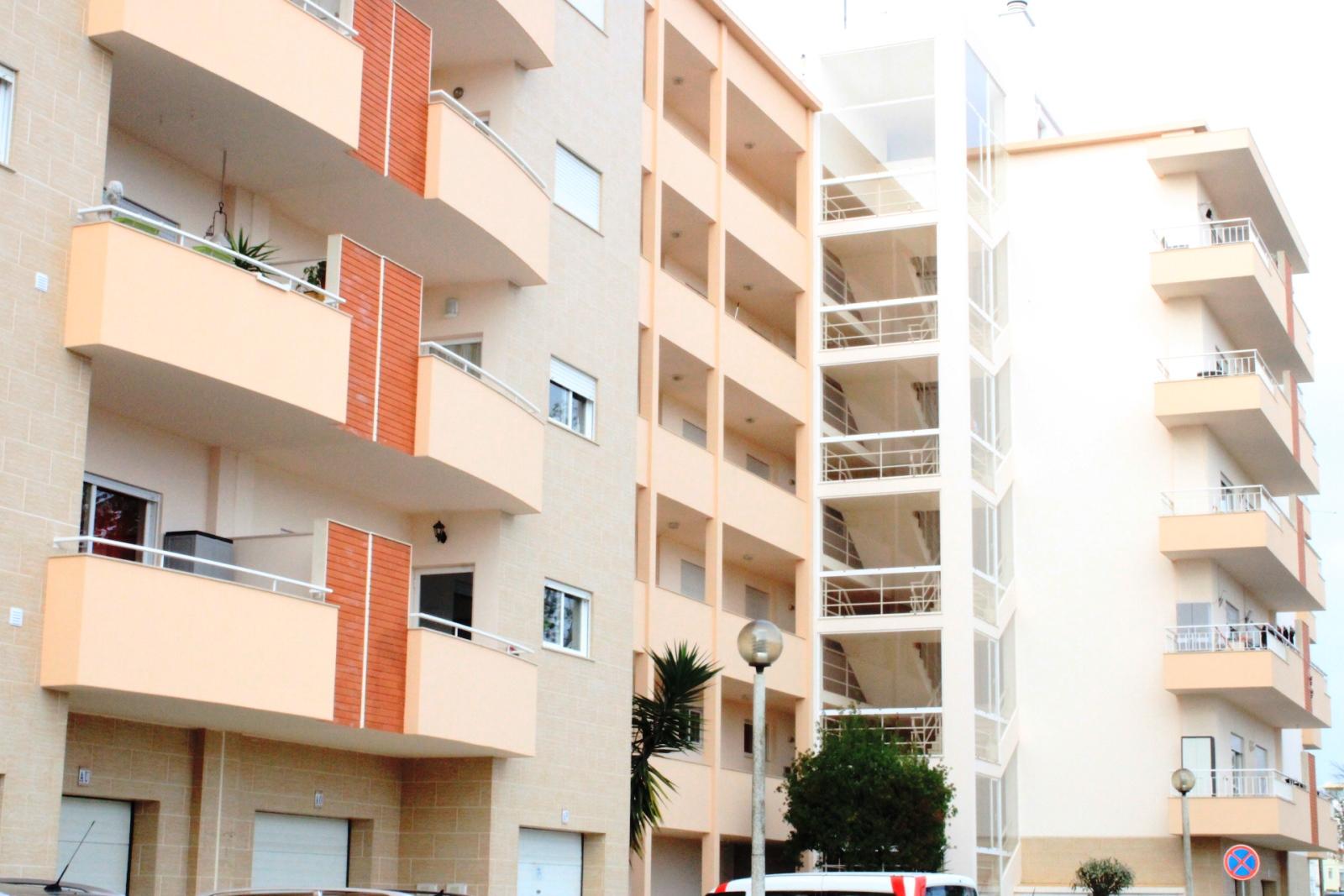 2 Bedroom Apartment Lagos, Western Algarve Ref: GA402