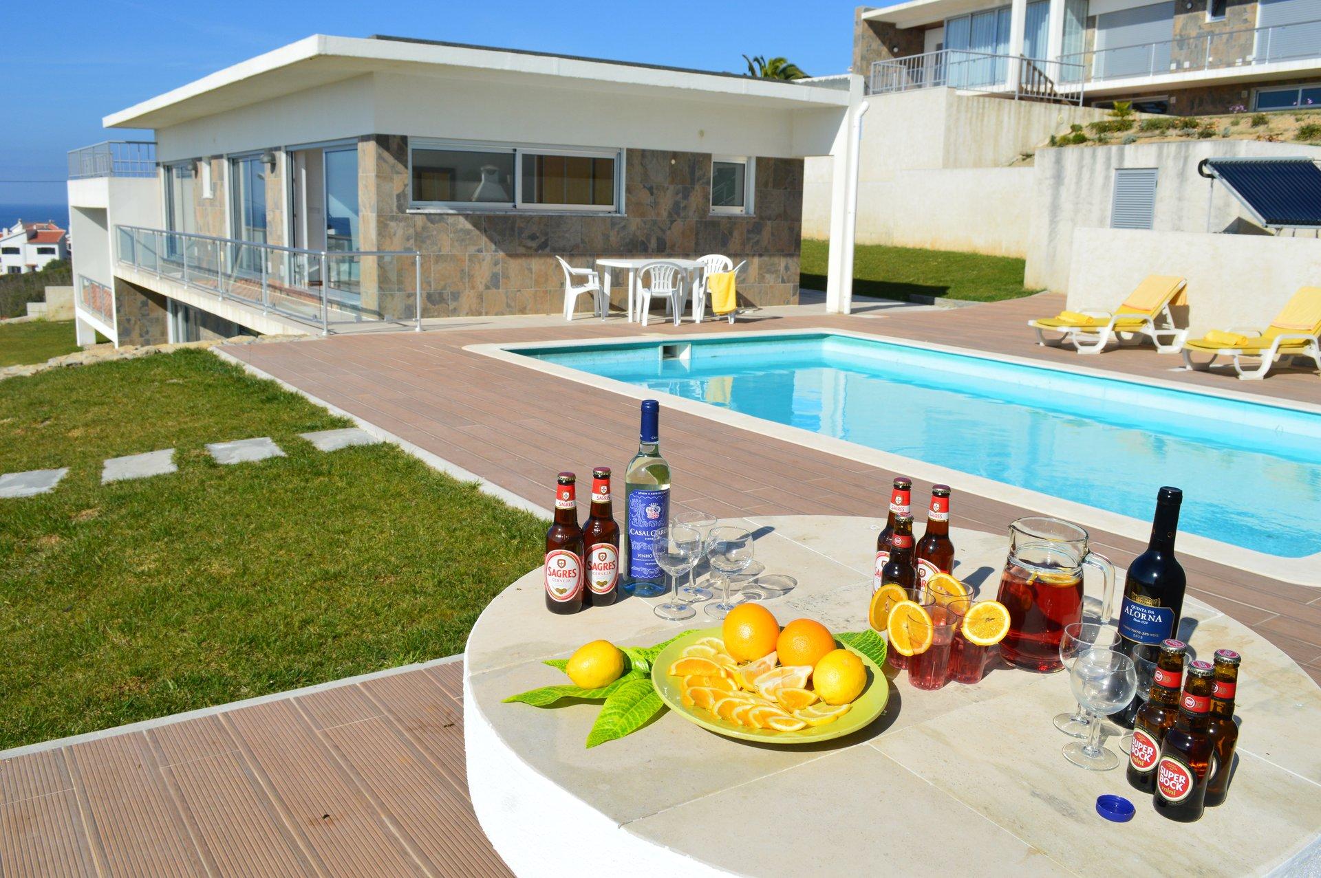 3 Bedroom Villa Foz do Arelho, Silver Coast Ref: AV2101