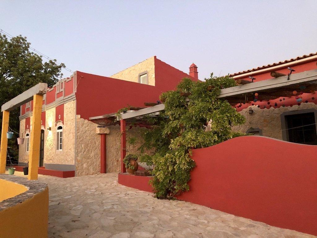 6 Bedroom Villa Santa Barbara de Nexe, Central Algarve Ref: RV5435