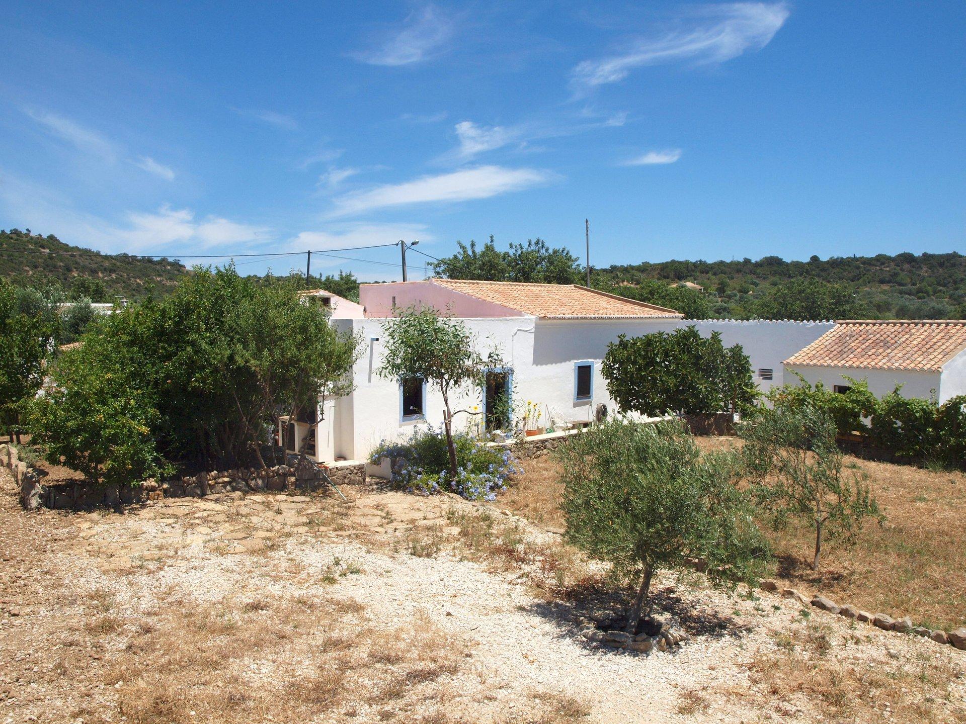 5 Bedroom House Estoi, Central Algarve Ref: RV5448