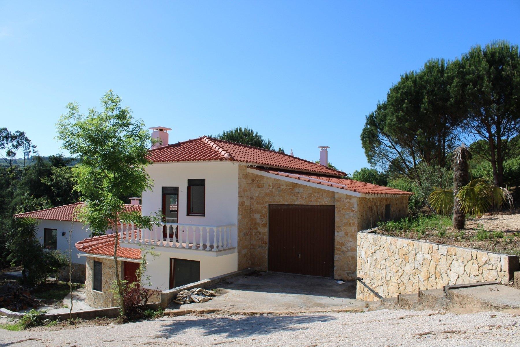 2 Bedroom Villa Caldas da Rainha, Silver Coast Ref: AV2107