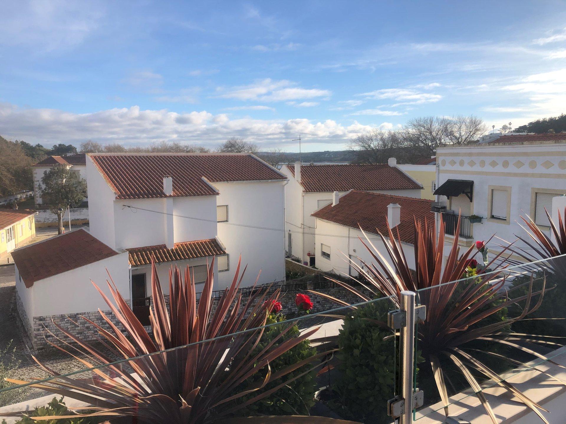 3 Bedroom Villa Foz do Arelho, Silver Coast Ref: AV2108