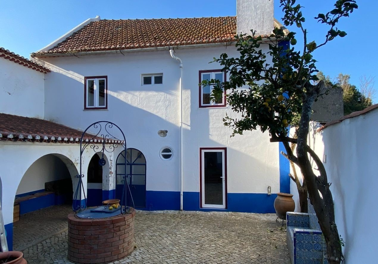 4 Bedroom House Alenquer, Lisbon Ref: ASV139