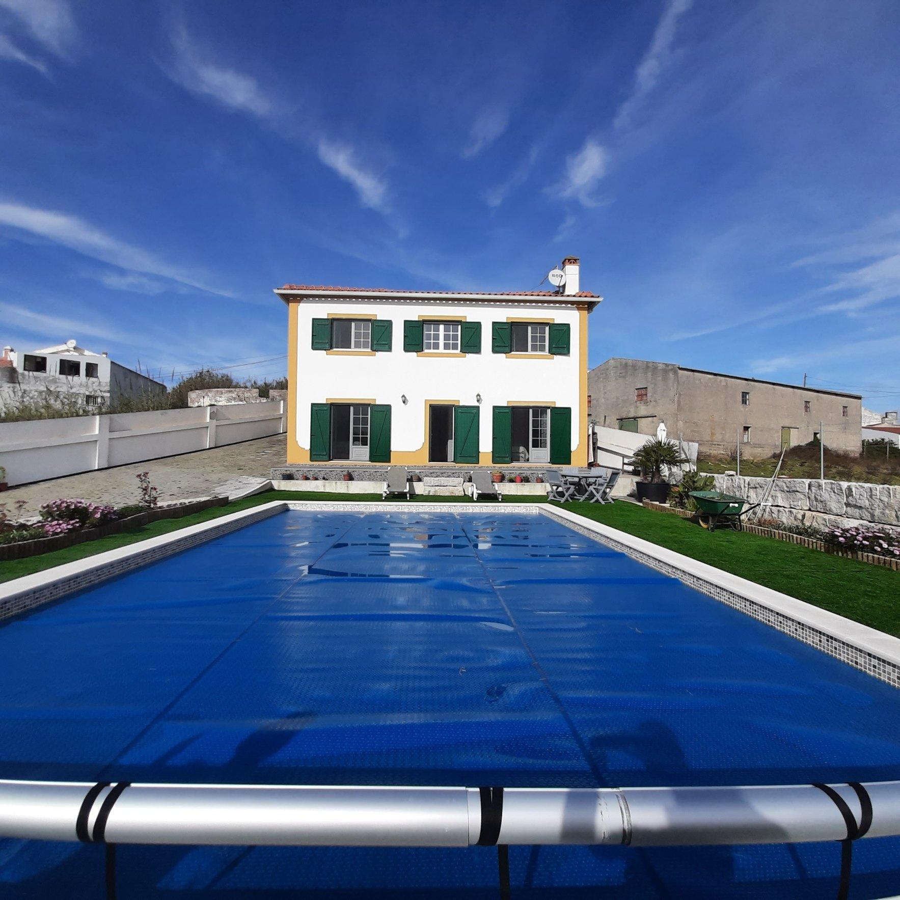 3 Bedroom Villa Sao Martinho do Porto, Silver Coast Ref: AV2115