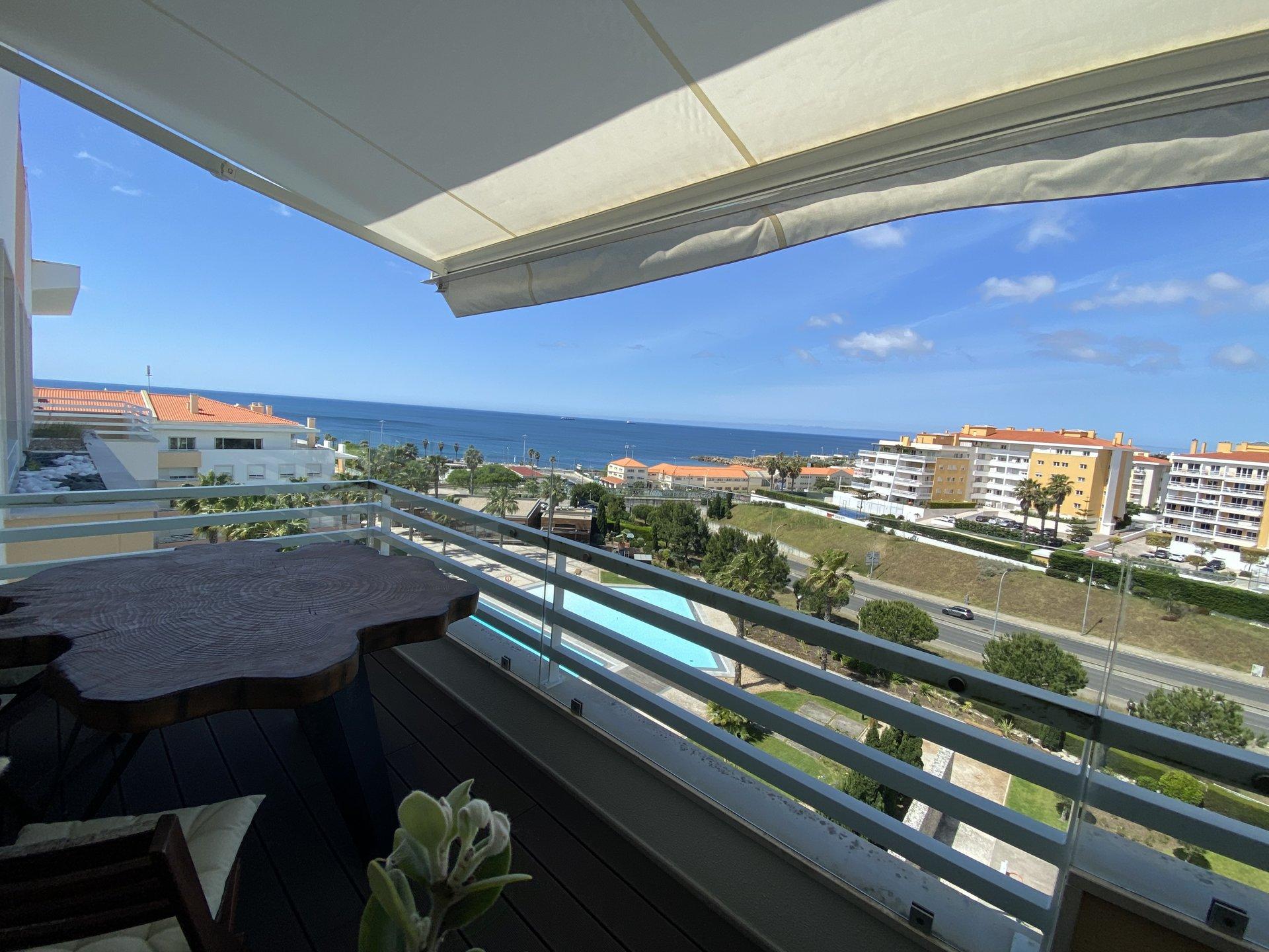 3 Bedroom Penthouse Cascais, Lisbon Ref: AAI366