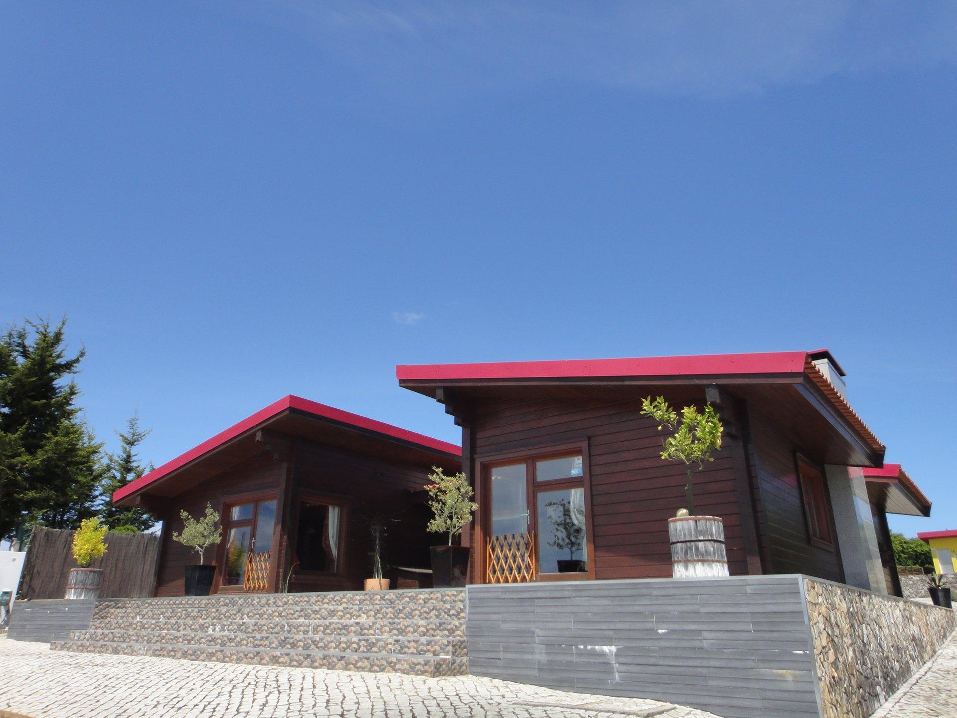 3 Bedroom Villa Bombarral, Silver Coast Ref: AV2118