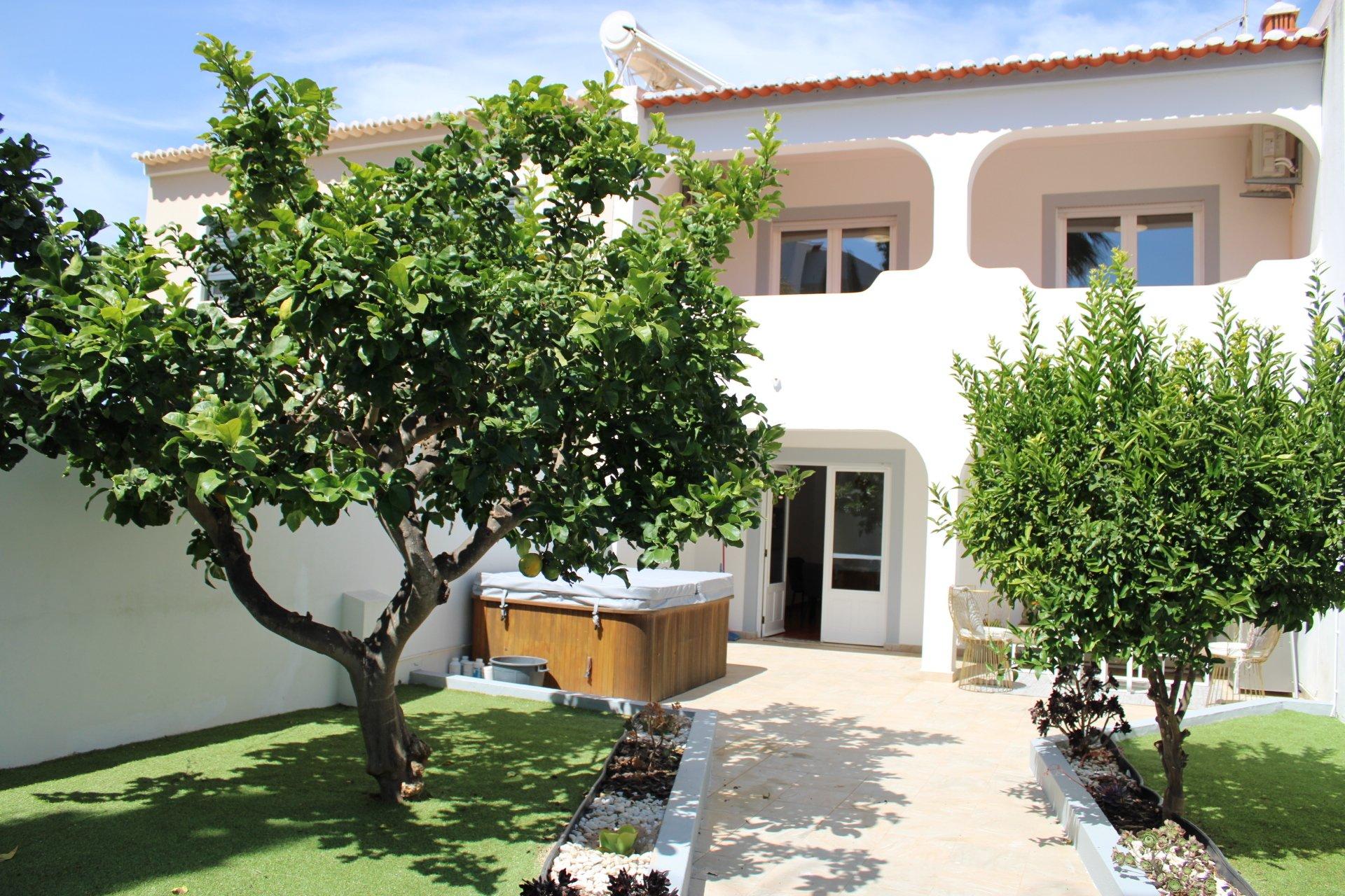 4 Bedroom Villa Lagos, Western Algarve Ref: GV623
