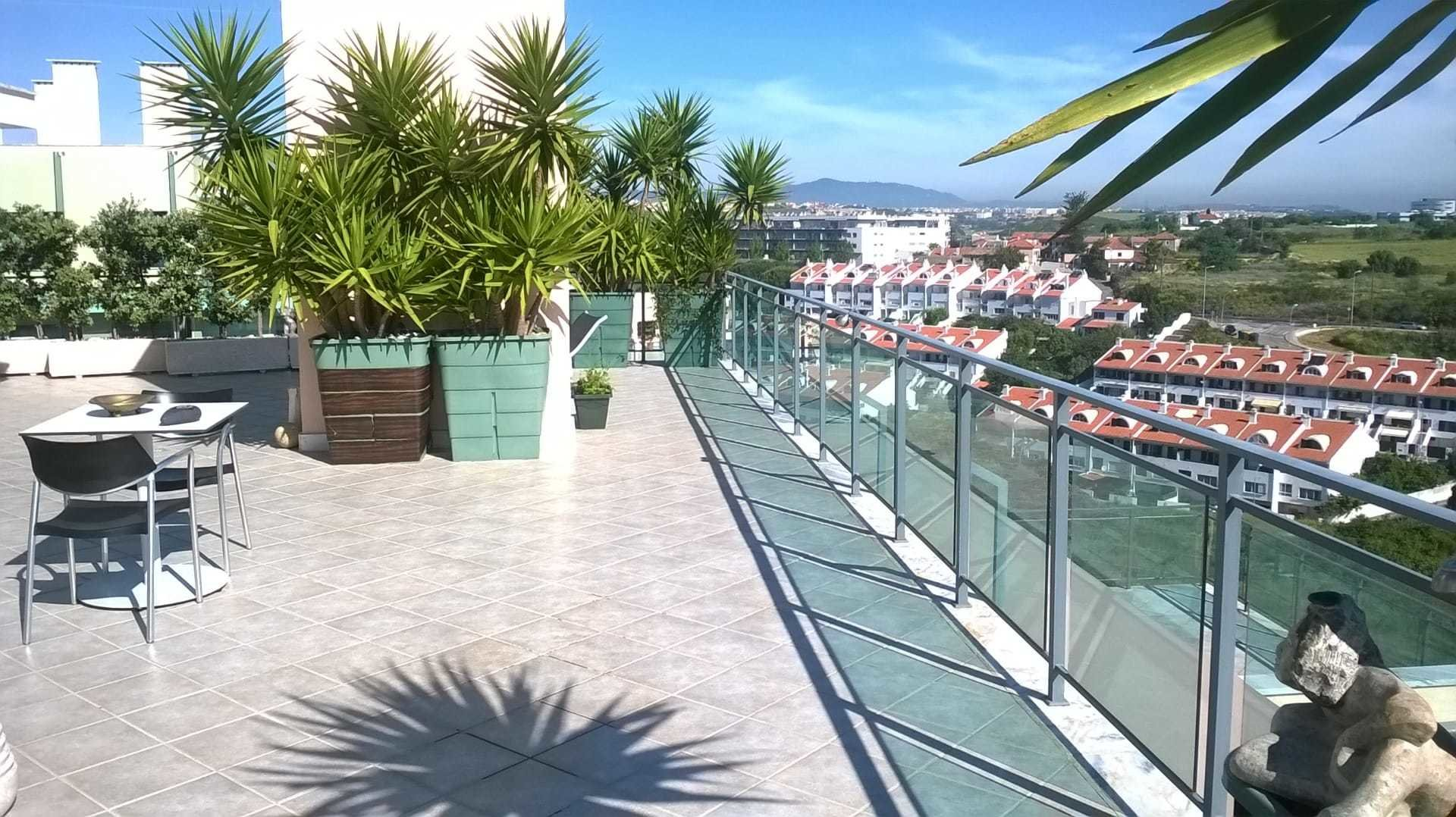 3 Bedroom Penthouse Oeiras, Lisbon Ref: ASA003