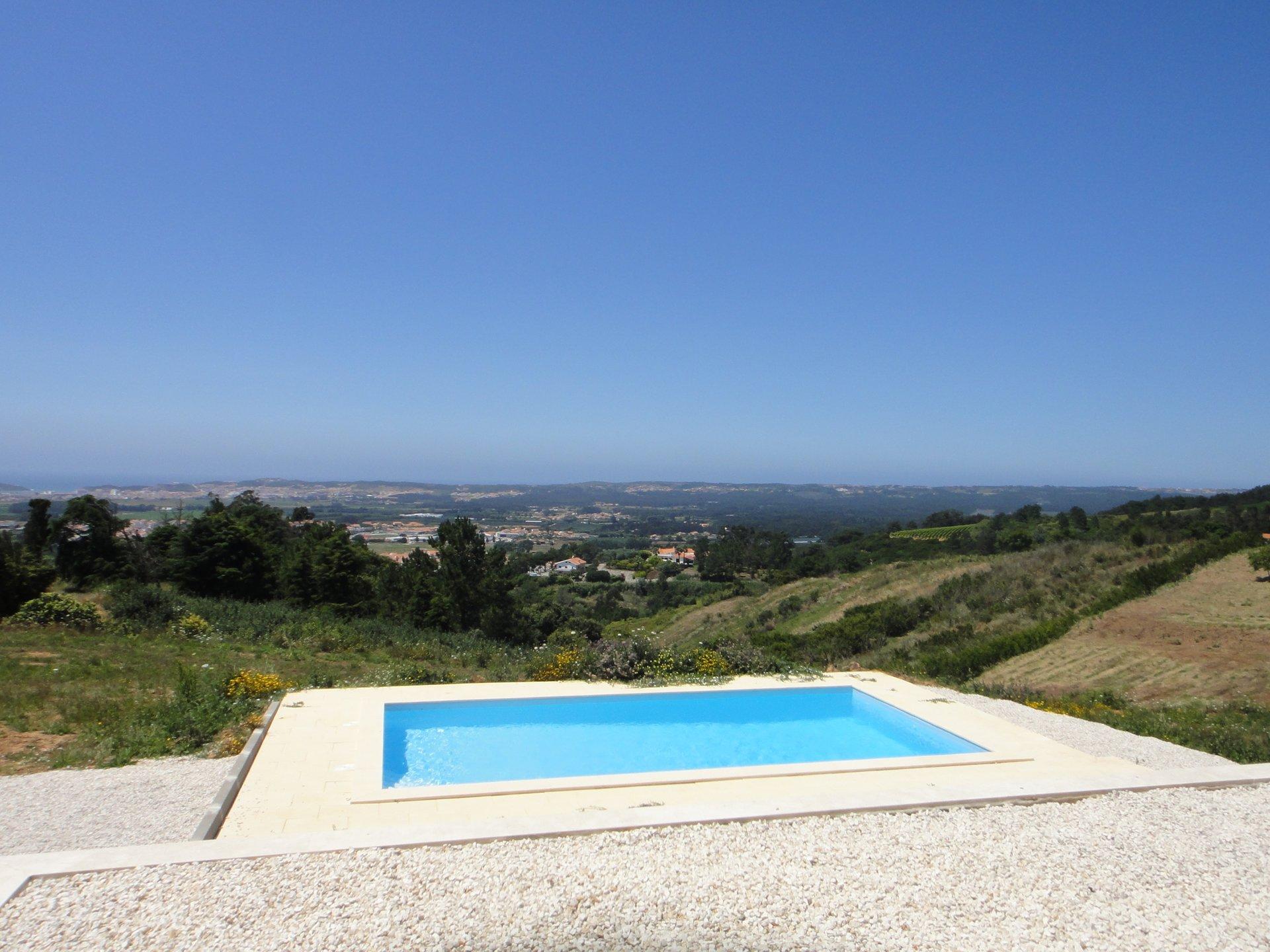3 Bedroom Villa Alfeizerao, Silver Coast Ref: AV2123