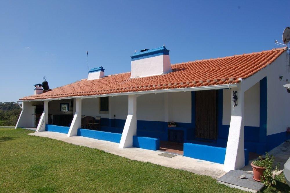 3 Bedroom House Setubal, Lisbon Ref: ASV219