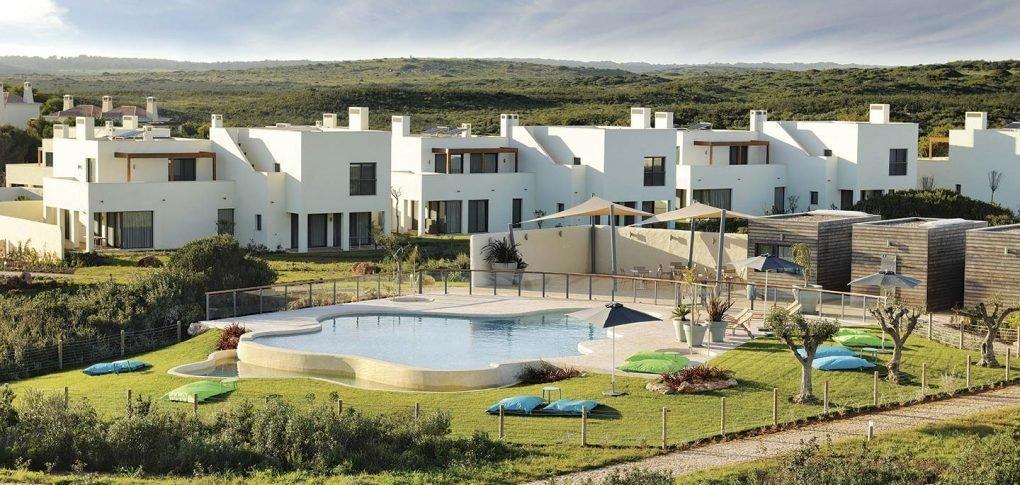 2 Bedroom House Vila do Bispo, Western Algarve Ref: ASV238B