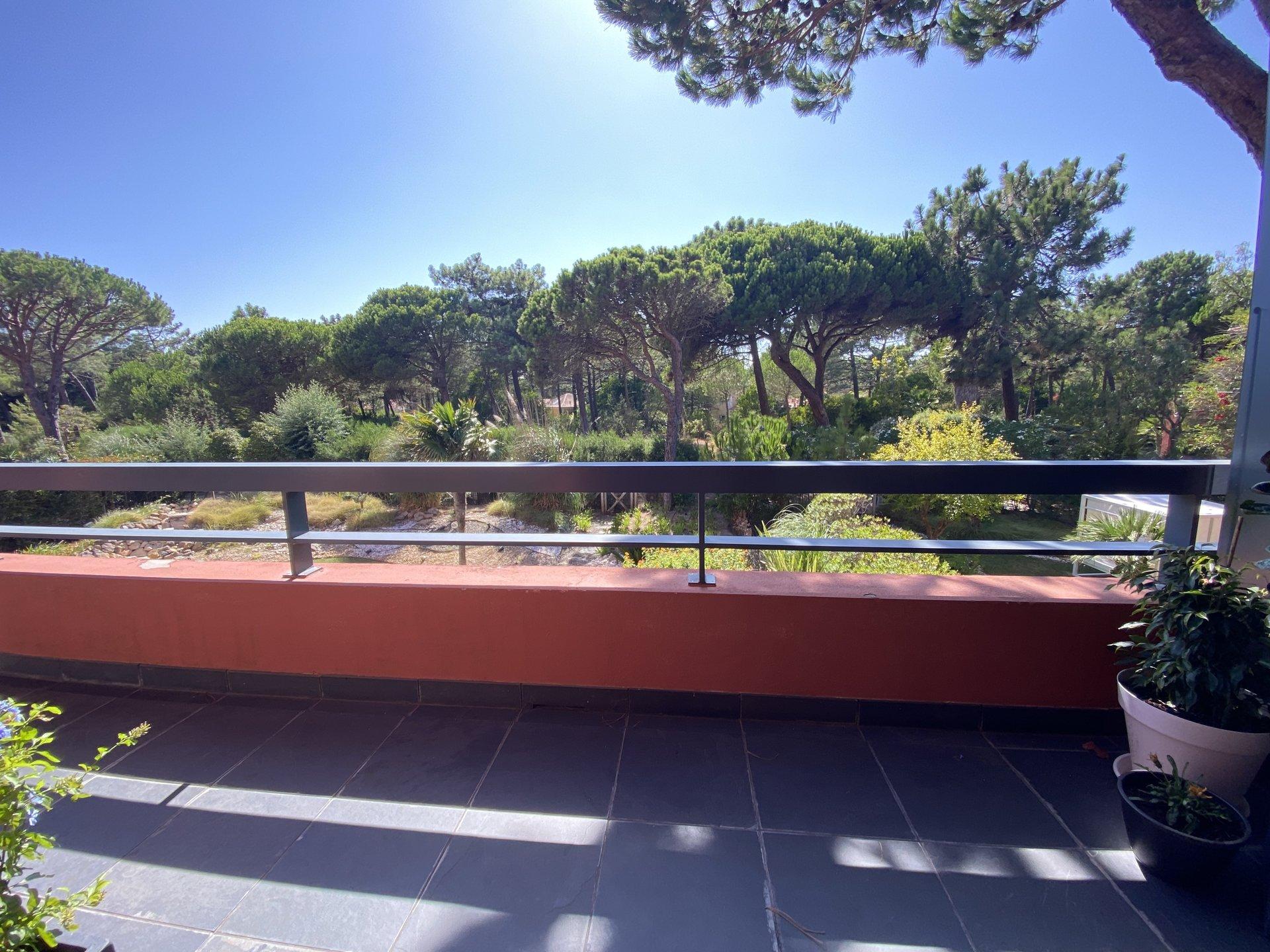 3 Bedroom Apartment Cascais, Lisbon Ref: AAI367