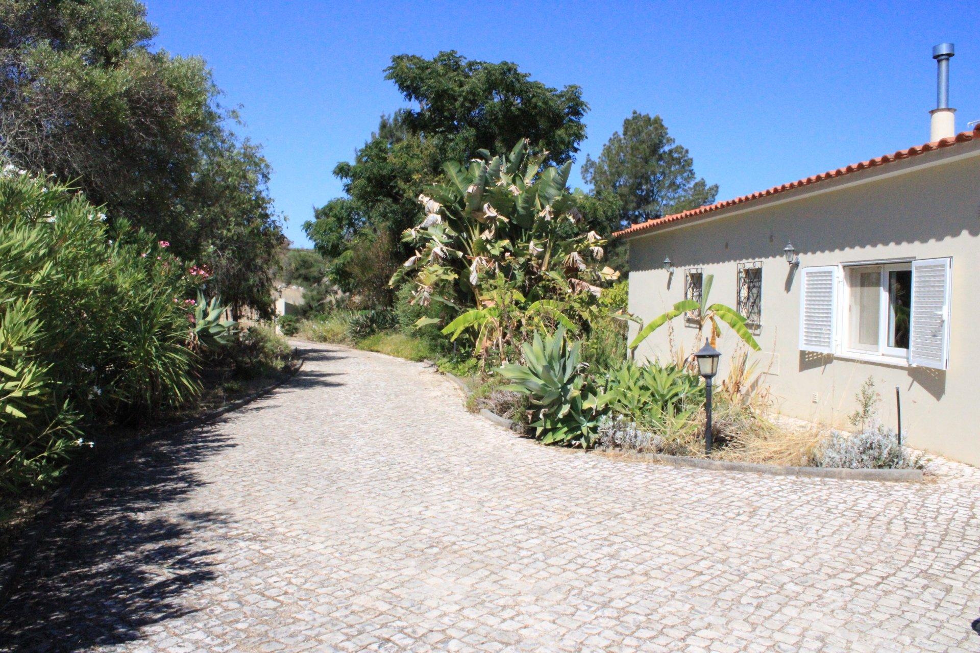 3 Bedroom Villa Lagos, Western Algarve Ref: GV631
