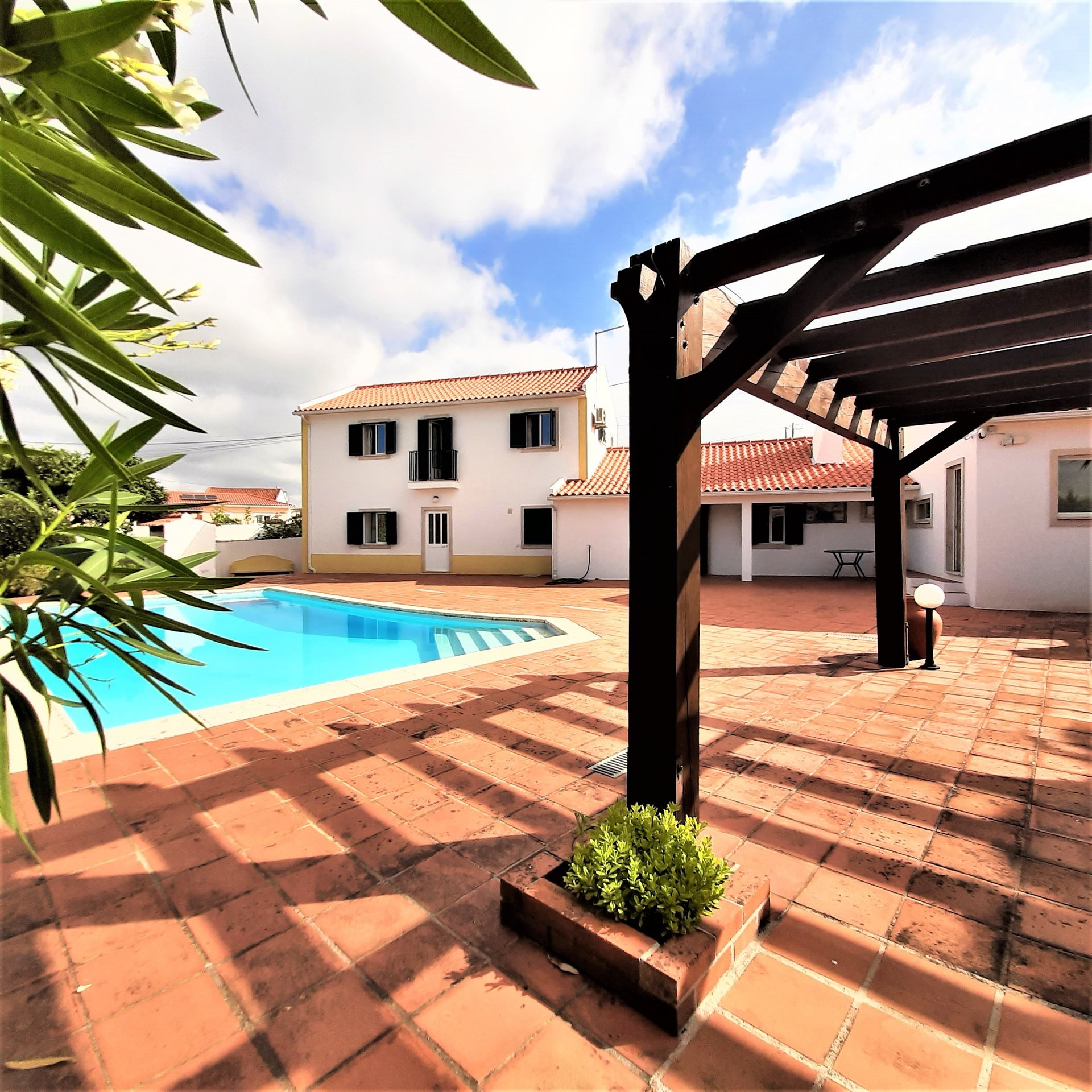 3 Bedroom Villa Caldas da Rainha, Silver Coast Ref: AV2129