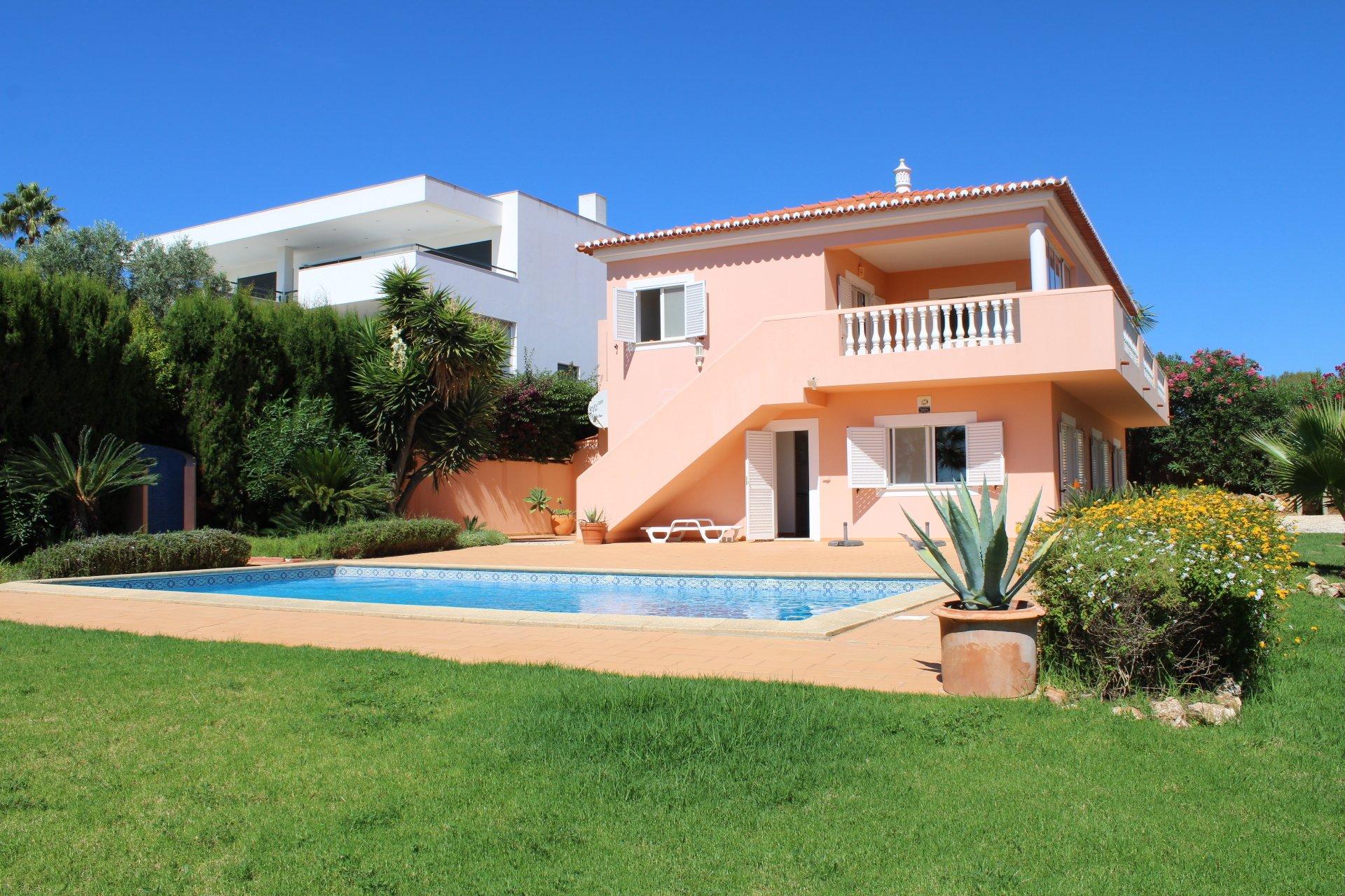 3 Bedroom Villa Lagos, Western Algarve Ref: GV633