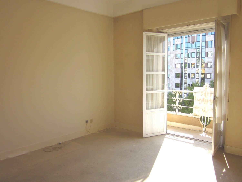 5 Bedroom Apartment Lisbon, Lisbon Ref: ASA008