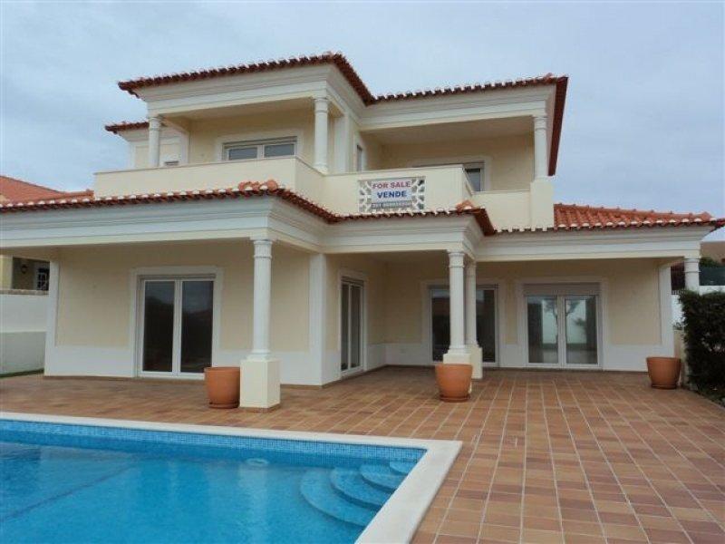 3 Bedroom Villa Obidos, Silver Coast Ref: AV1065