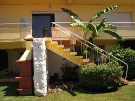 6 Bedroom Villa Cascais, Lisbon Ref: AV1181