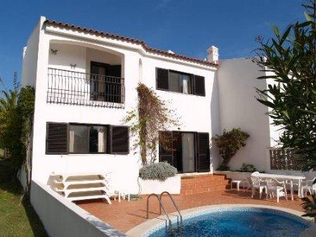 3 Bedroom Townhouse Vale do Lobo, Central Algarve Ref: DV4896
