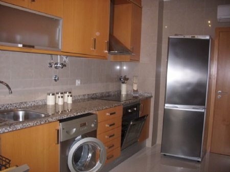 2 Bedroom Apartment Sao Martinho do Porto, Silver Coast Ref: AA228