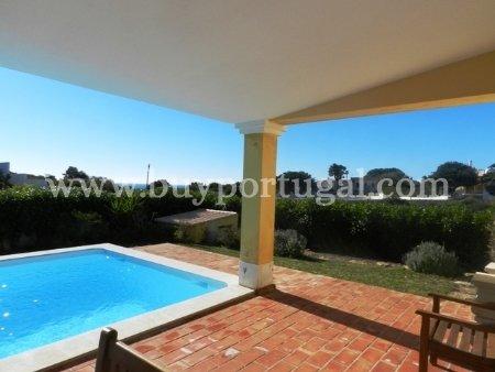 4 Bedroom Villa Praia da Luz, Western Algarve Ref: GV296