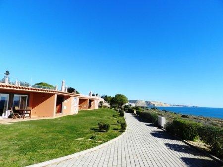 1 Bedroom Townhouse Praia da Luz, Western Algarve Ref: GV341