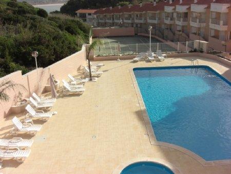 1 Bedroom Apartment Sao Martinho do Porto, Silver Coast Ref: AA239