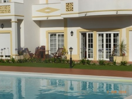 3 Bedroom Apartment Obidos, Silver Coast Ref: AA244