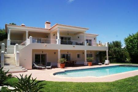 6 Bedroom Villa Praia da Luz, Western Algarve Ref: GV368