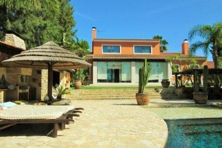 5 Bedroom Villa Sesimbra, Blue Coast Ref: AV1369